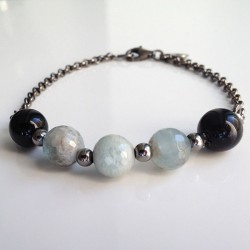 Aquamarine and onix bracelet