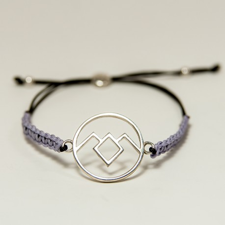 The Owl Cave bracelet silver and macrame