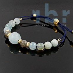 Labradorite bracelet with spherical and spherical faceted aquamarine