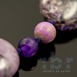 Necklace with round charoite, spherical phosphosiderite and amethyst